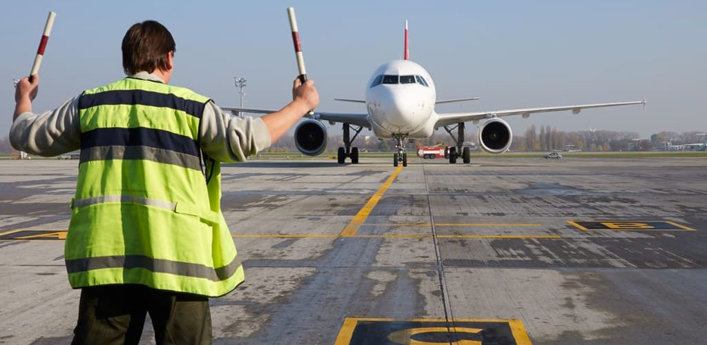How To Find A Credible Online Institution To Get Your Aviation Degree